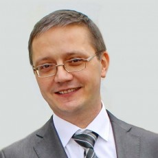 Evgeny K: - english-russian interpreter in Moscow
