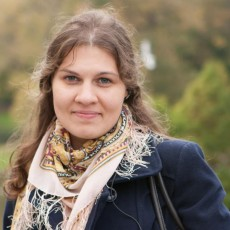 Polina M: - french-russian interpreter in Moscow